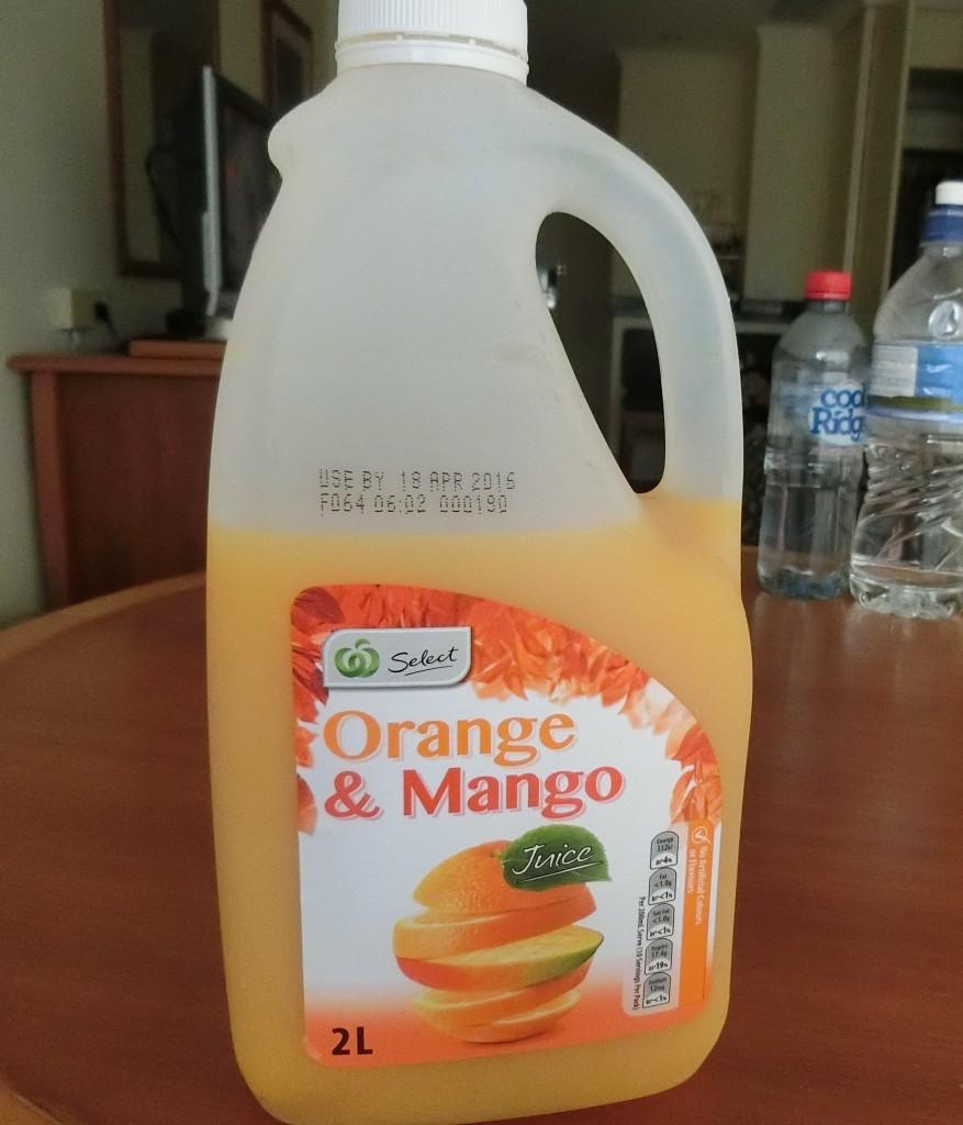 オレンジマンゴージュース